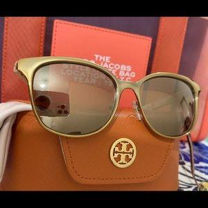 New Tory Burch Wood Grain Sunglasses